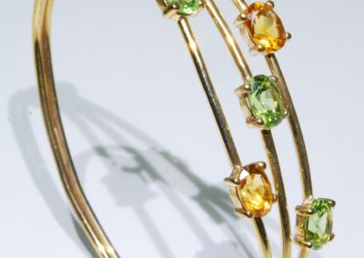 Citrine and peridot bangle